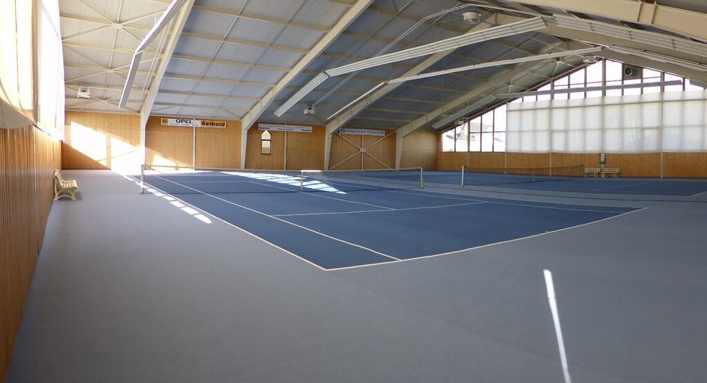 Tennishalle innen 2
